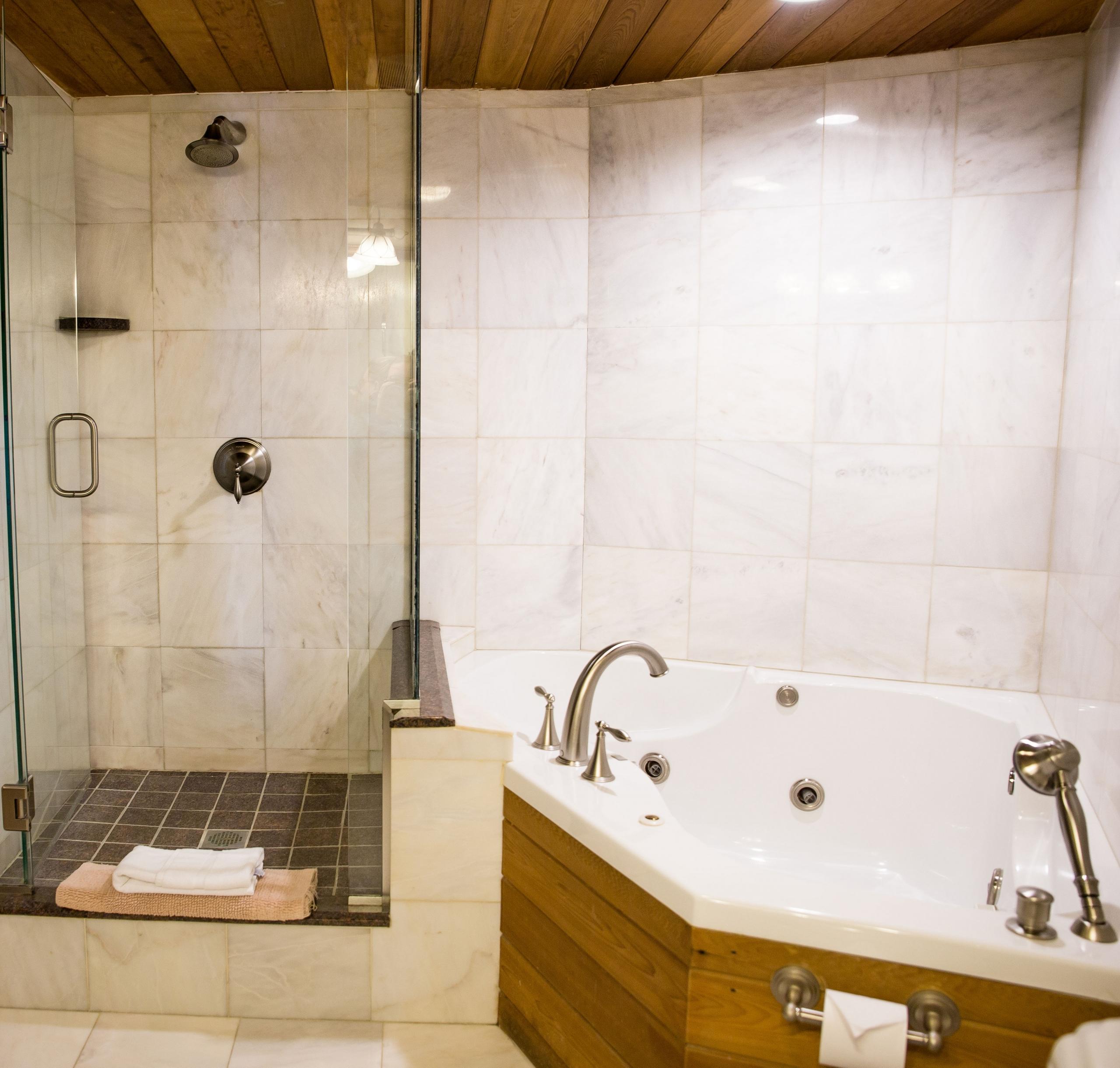 Gothics Bathroom